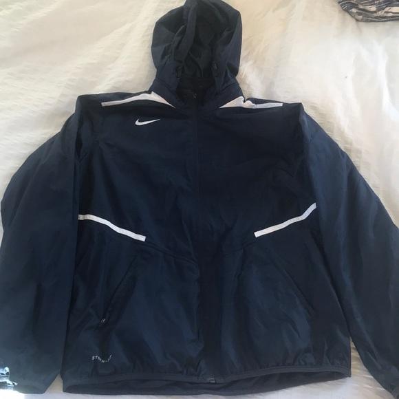 7f30f91da363 Nike lightweight rain jacket. M 5b43e99ebaebf620b531f97f